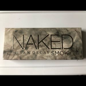 Urban Decay NAKED Smoky Eye palette *Never Used*